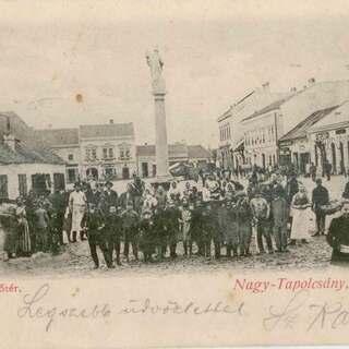 KPÚ Nitra - Nové zistenia sôch svätcov na námestí v Topoľčanoch 26. marca 2020
