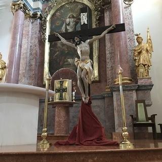 Zamyslenie na Bielu sobotu - Kristov kríž – most medzi nebom a zemou (DA)